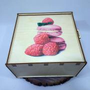 """Коробка-пенал для подарков """"Малиновые Макаруны"""""""