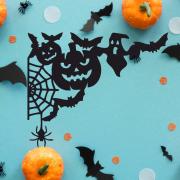 """Украшение на Хэллоуин """"Тыквы в паутине"""""""