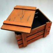 Винтажный оранжевый ящик для подарков с крышкой