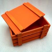 Оранжевый ящик для подарков с крышкой