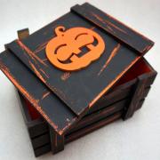 Винтажный черный ящик для подарков с тыковкой