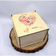 "Квадратная коробка для подарков ""Be my valentine"""
