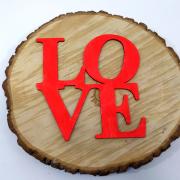 """Интерьерное слово из дерева """"LOVE"""""""