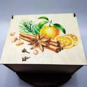 """Прямоугольная коробка с рисунком """"Новогодние специи"""" на крышке"""