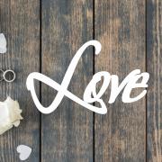 Деревянное слово для фотосессии Love рустик