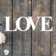 Деревянное слово для фотосессии LOVE