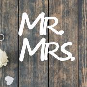 Деревянное слово для фотосессии MR и MRS
