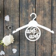 Свадебная вешалка с инициалами