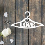 """Свадебная вешалка """"Love"""" с сердечками"""